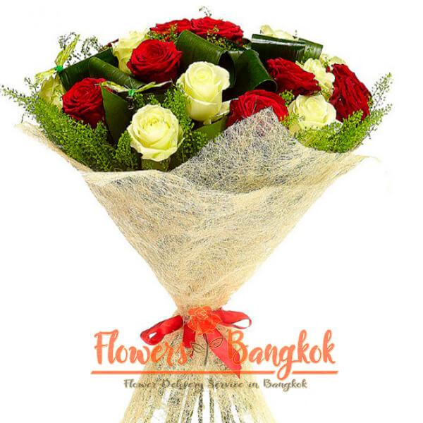 Flowers-Bangkok - 15 mixed roses