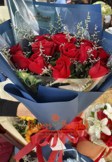 12 Red Roses in Blue - Flower Delivery Bangkok