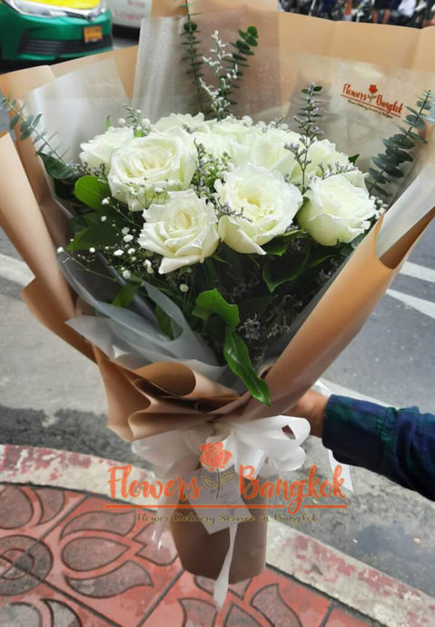 12 White Roses - Flower Delivery Bangkok