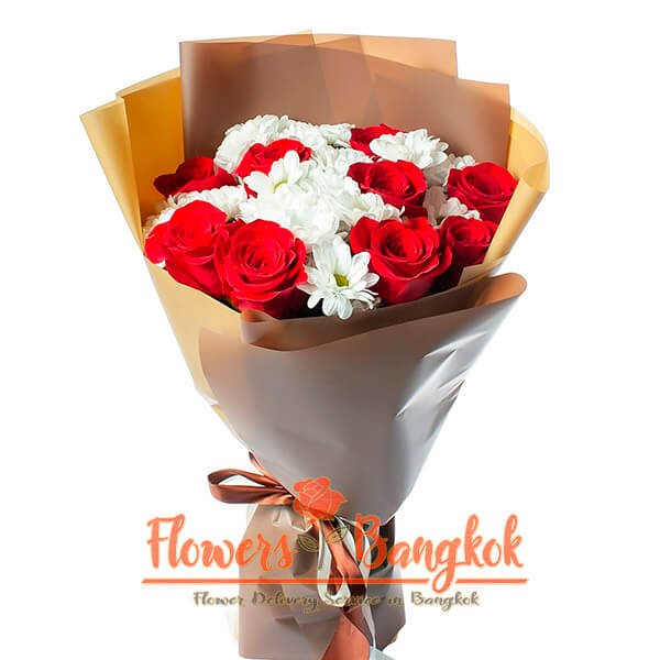 Roses and Chrysanthemums bouquet - Flower Delivery Pattaya